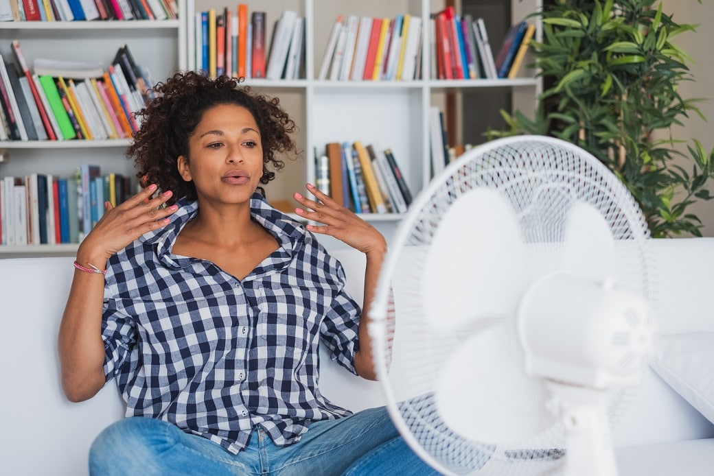 What hormones cause hot flashes?