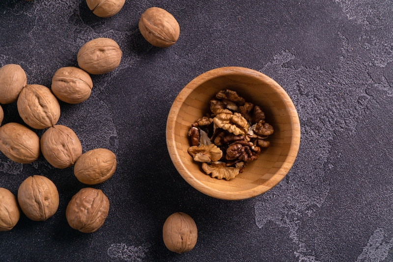 What to eat when stressed- walnuts