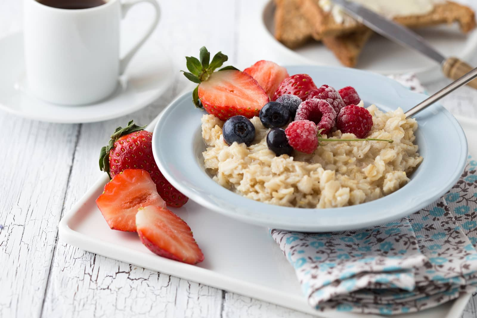 Go for satiety-promoting foods, like oatmeal, to combat perimenopause weight gain and belly fat.