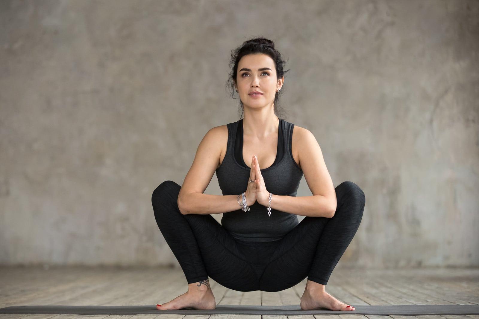malasana: yoga for endometriosis pain